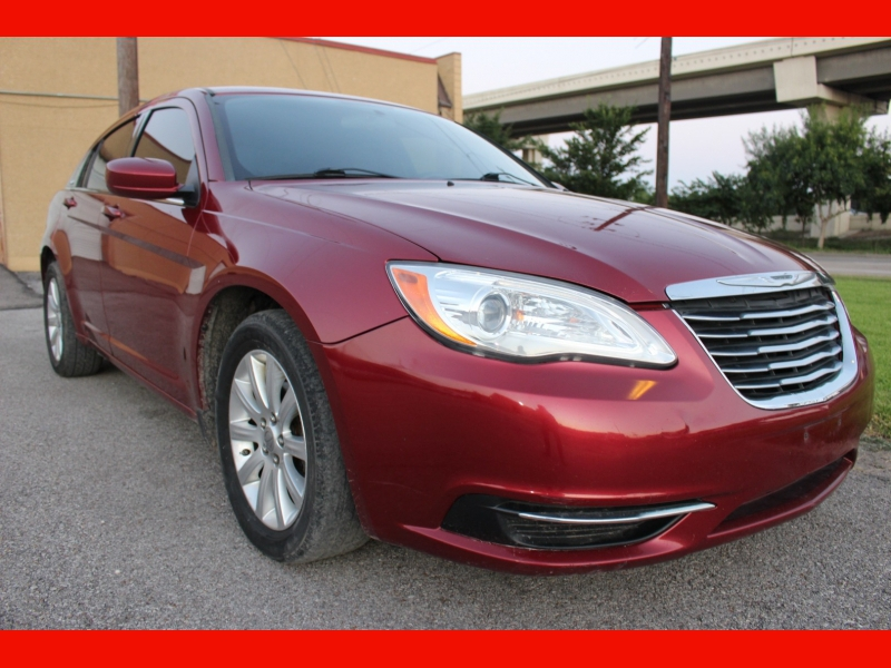 Chrysler 200 2012 price $4,999