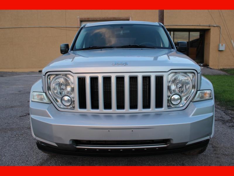Jeep Liberty 2010 price $6,199