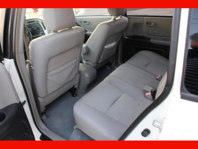 Toyota Highlander 2007 price $4,999