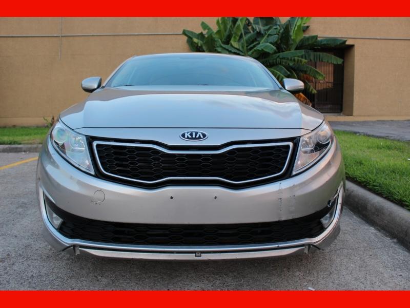 Kia Optima Hybrid 2013 price $6,899