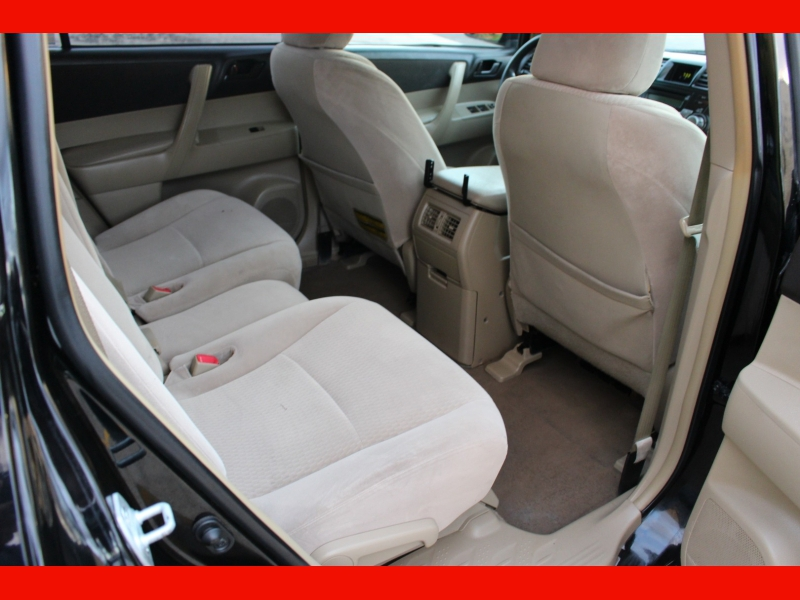 Toyota Highlander 2008 price $6,199