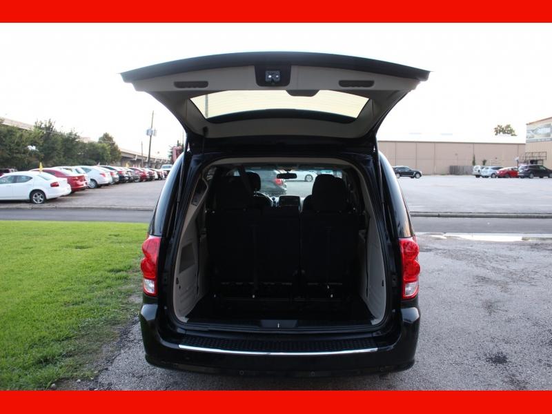Dodge Grand Caravan 2015 price $6,700