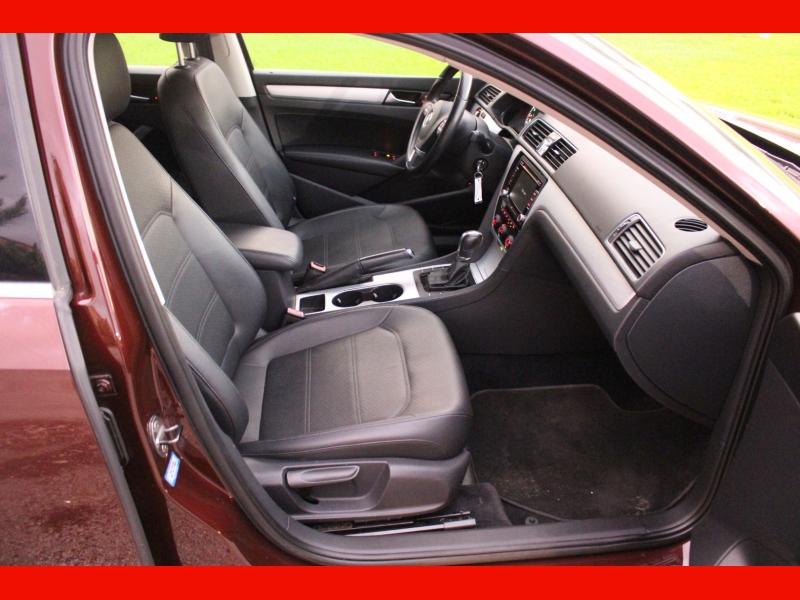 Volkswagen Passat 2013 price $7,900