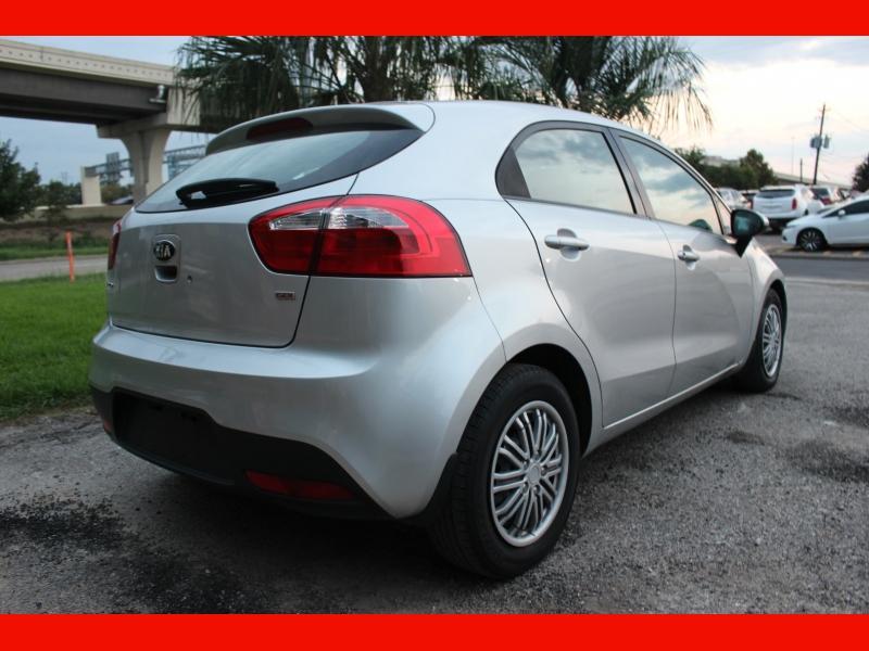 Kia Rio 2015 price $6,299