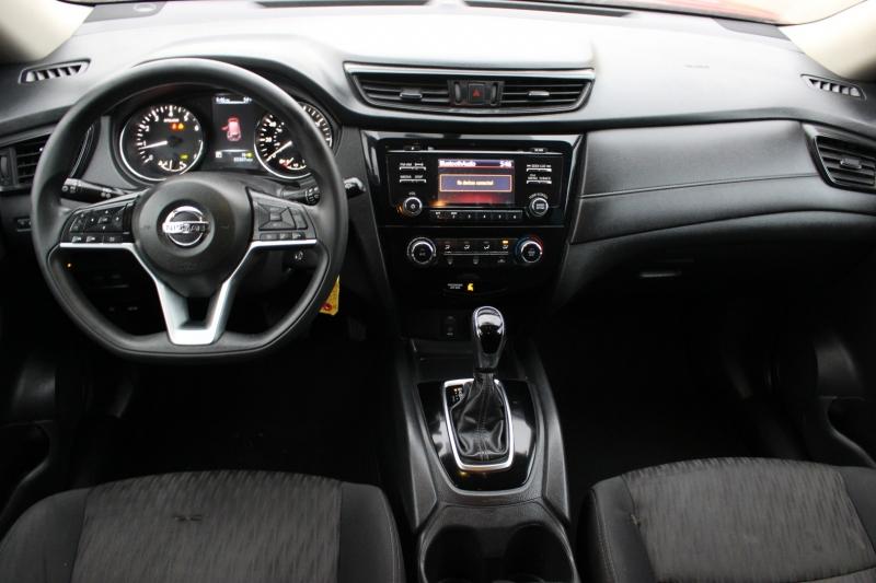 Nissan Rogue 2017 price $9,500
