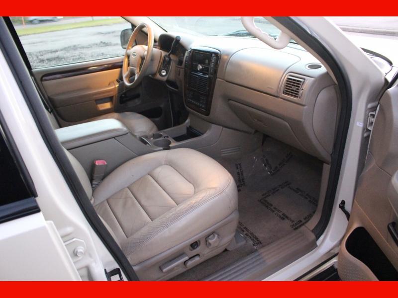 Ford Explorer 2005 price $4,399