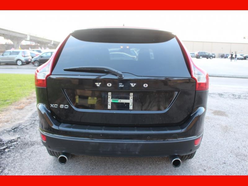 Volvo XC60 2012 price $7,899