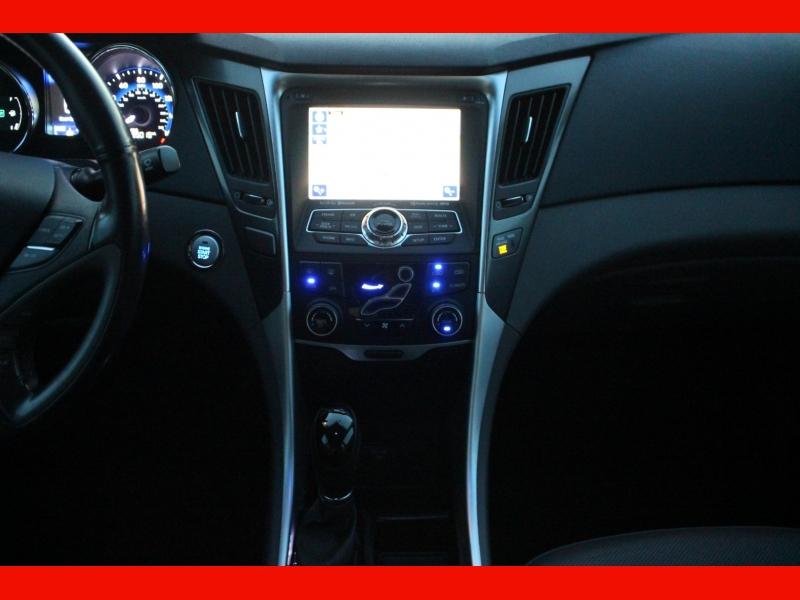 Hyundai Sonata Hybrid 2015 price $8,799