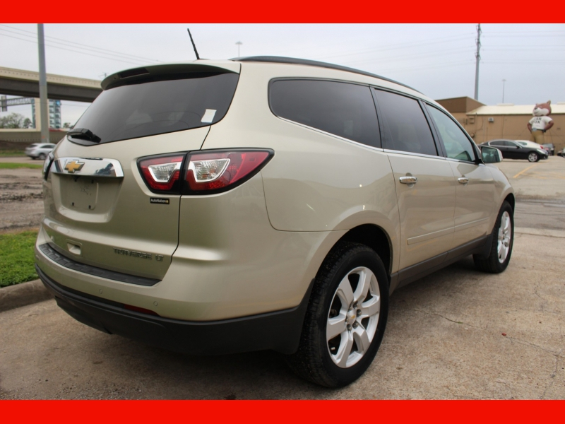 Chevrolet Traverse 2016 price $10,000