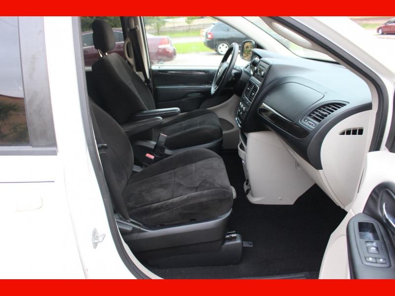 Dodge Grand Caravan 2013 price $6,000