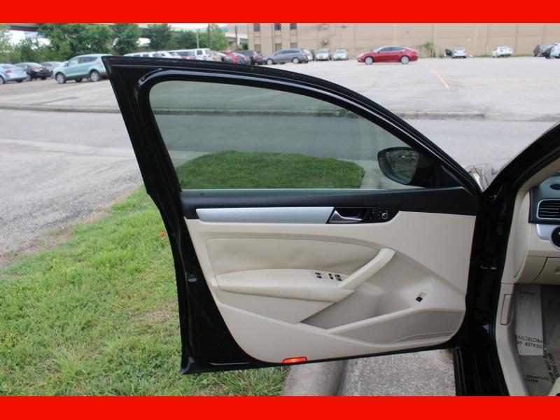 Volkswagen Passat 2012 price $6,799