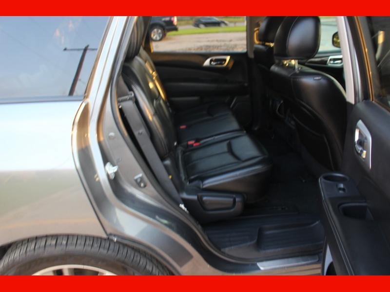 Nissan Pathfinder 2015 price $11,000