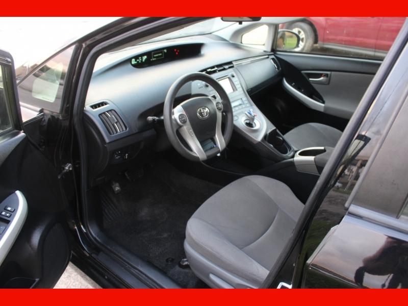 Toyota Prius 2012 price $7,499