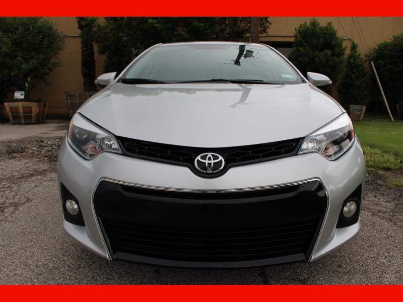 Toyota Corolla 2014 price $9,500