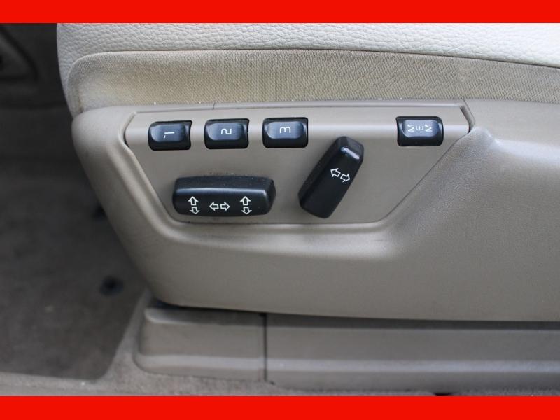 Volvo XC90 2009 price $6,399