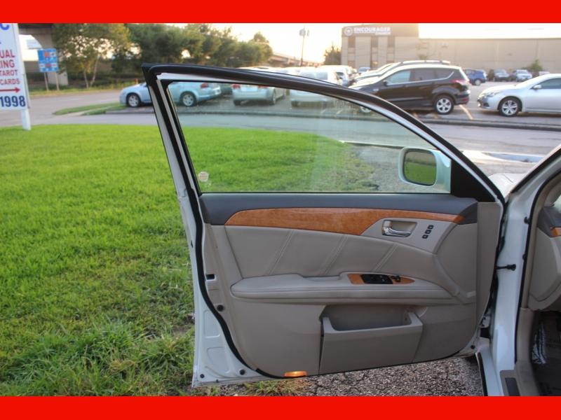 Toyota Avalon 2007 price $6,899