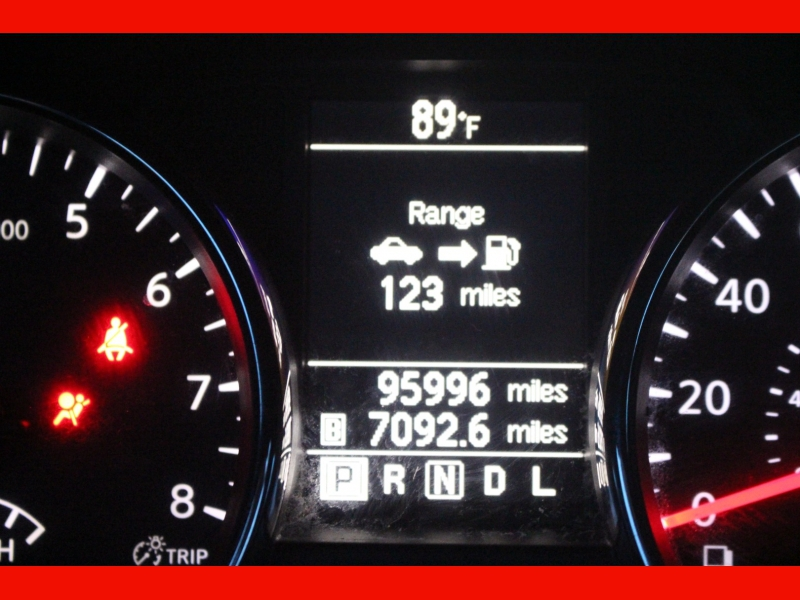 Nissan Rogue Select 2015 price $9,000