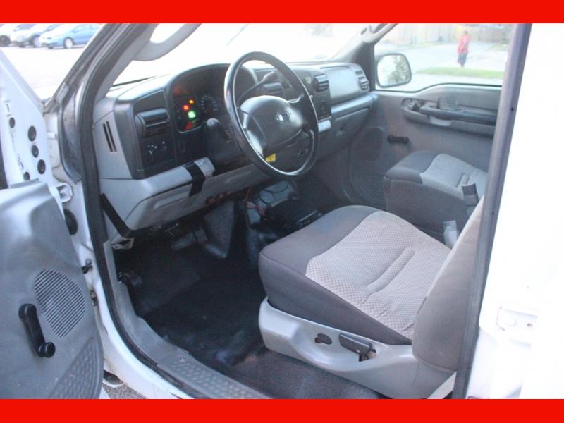 Ford Super Duty F-250 2006 price $8,999