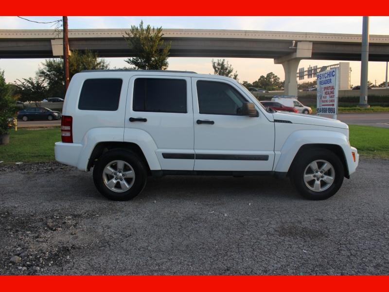 Jeep Liberty 2011 price $6,999