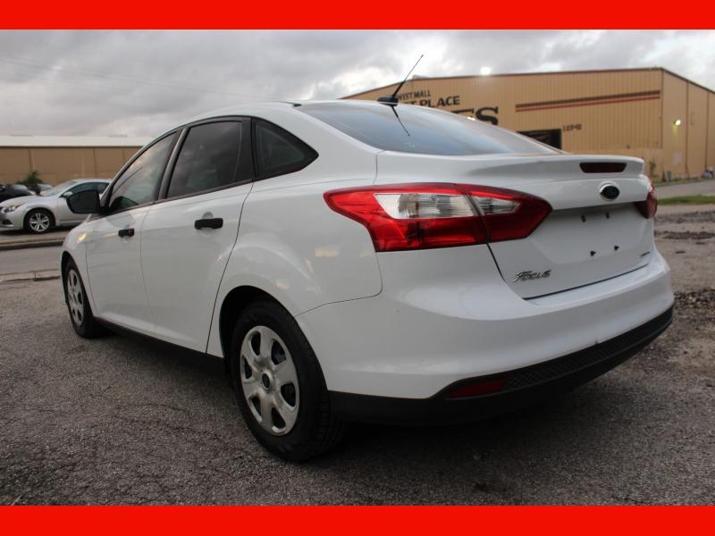 Ford Focus 2014 price $5,499