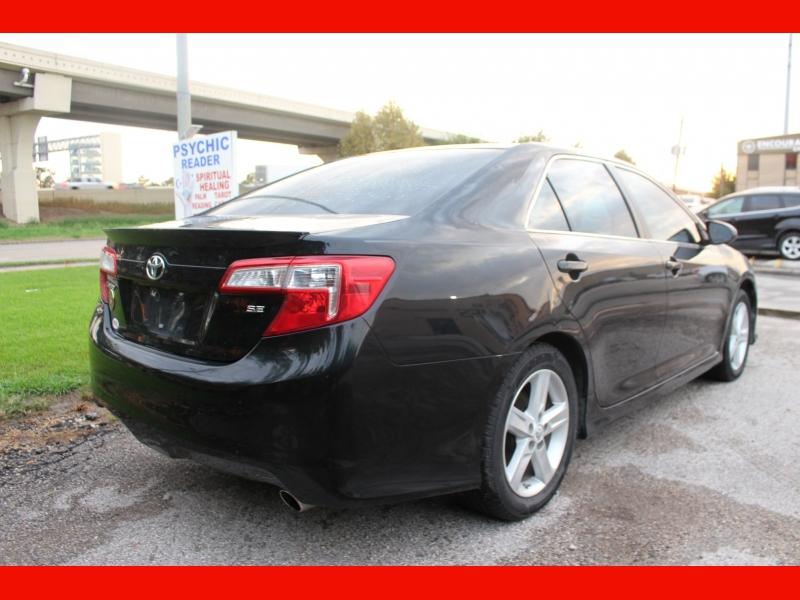 Toyota Camry 2012 price $9,500