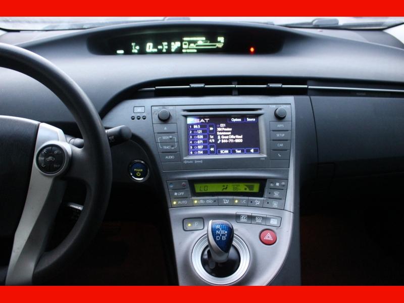 Toyota Prius 2012 price $7,999