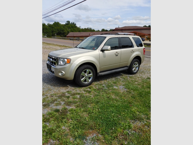 Ford Escape 2010 price $6,800