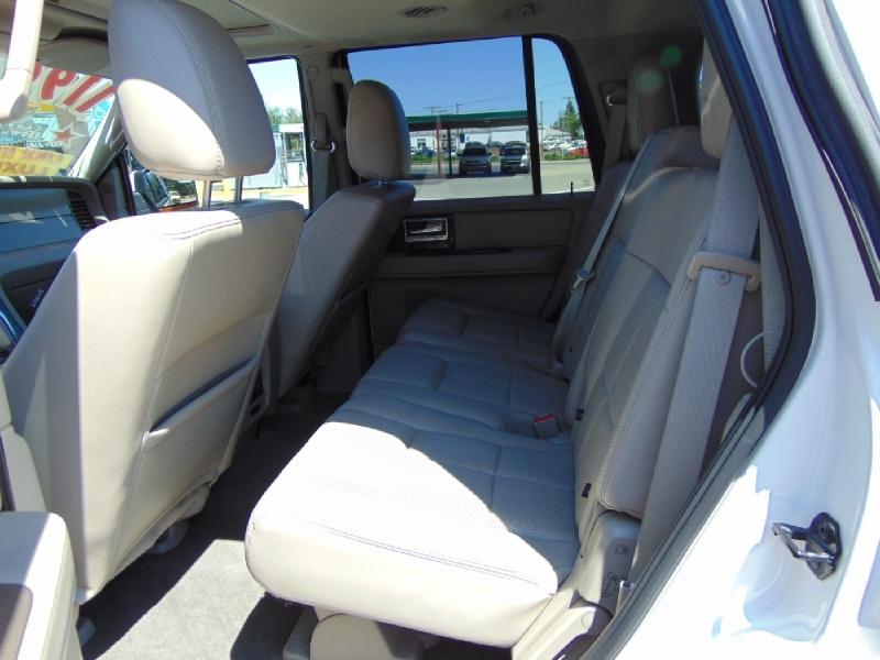 Lincoln Navigator 2013 price $11,995
