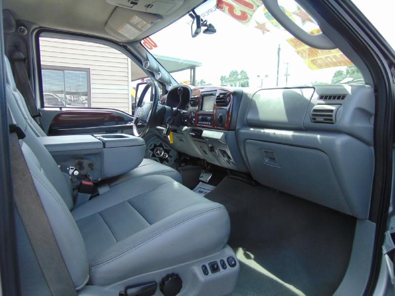 Ford Super Duty F-350 SRW 2006 price $25,995