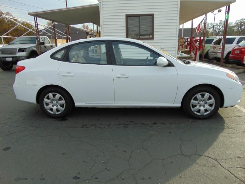 Hyundai Elantra 2009 price $5,500