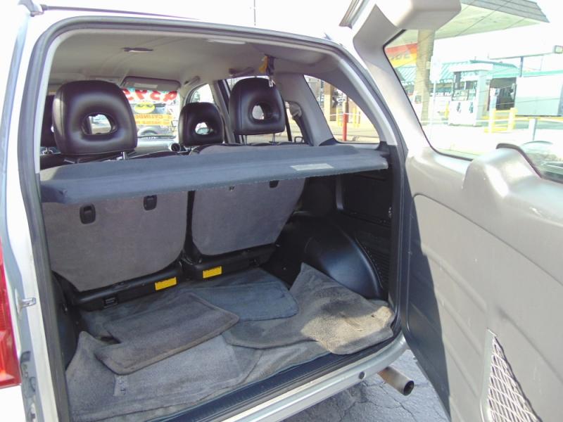 Toyota RAV4 2004 price $4,395