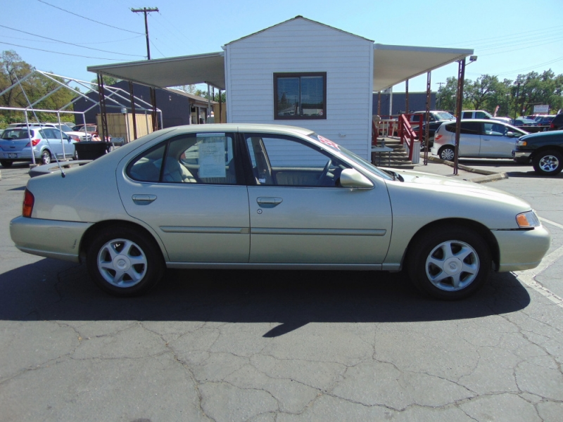 Nissan Altima 1998 price $3,500