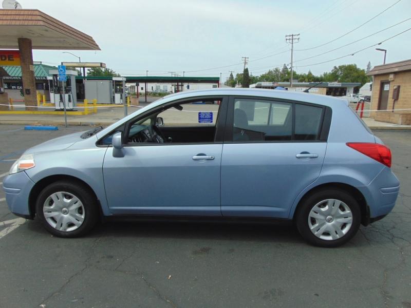 Nissan Versa 2010 price $4,200