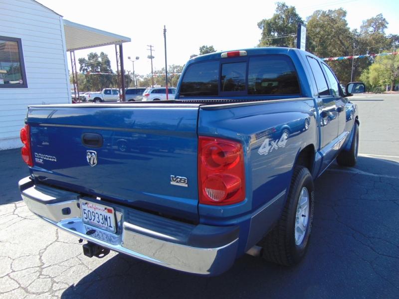 Dodge Dakota 2005 price $10,995
