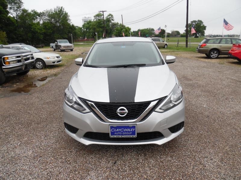 Nissan Sentra 2017 price $10,499 Cash