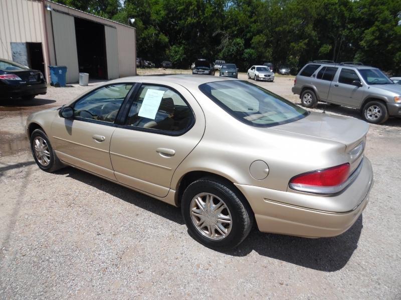 Chrysler Cirrus 2000 price $2,999 Cash