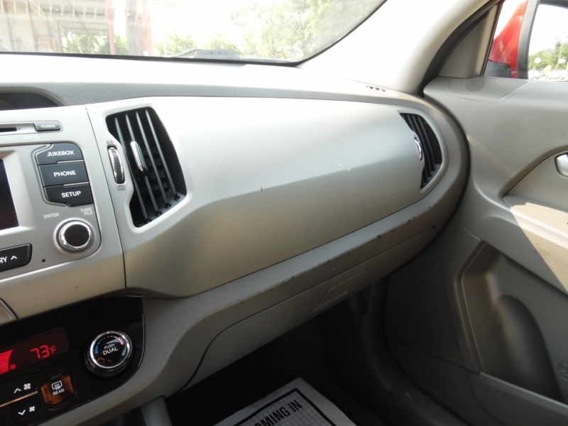 Kia Sportage 2012 price $10,499 Cash