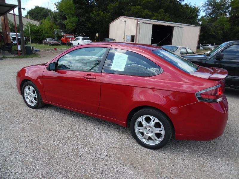 Ford Focus 2009 price $6,499 Cash