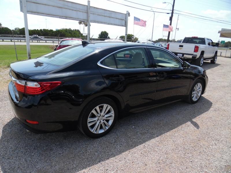 Lexus ES 350 2015 price $21,499 Cash