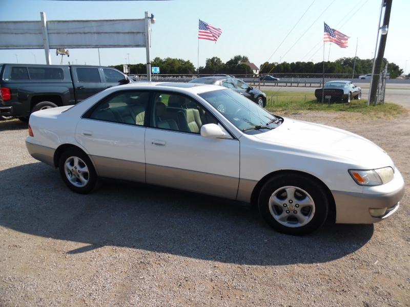 Lexus ES 300 Luxury Sport Sdn 1999 price $2,499 Cash