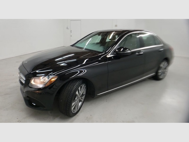 Mercedes-Benz C300 2018 price $25,900