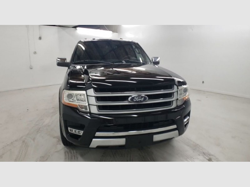 Ford Expedition EL 2016 price $28,400