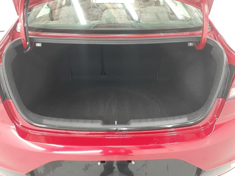 Hyundai Elantra SEL 2019 price $12,740