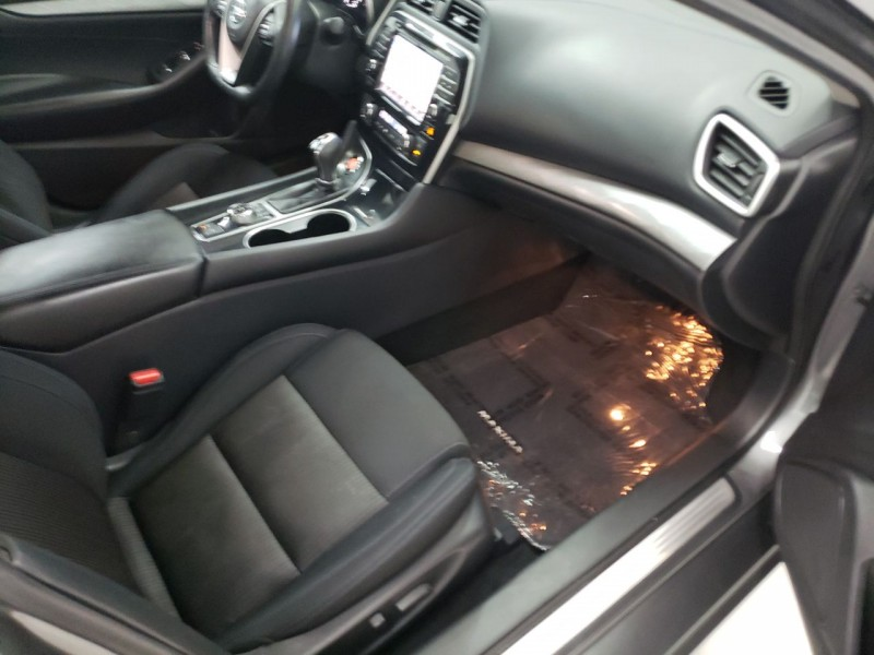 Nissan Maxima 2017 price $17,990