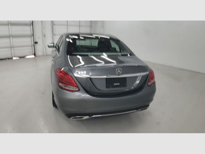 Mercedes-Benz C300 2017 price $27,300