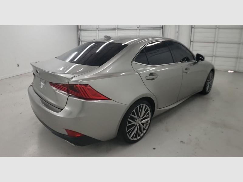 Lexus IS200T 2017 price $25,300