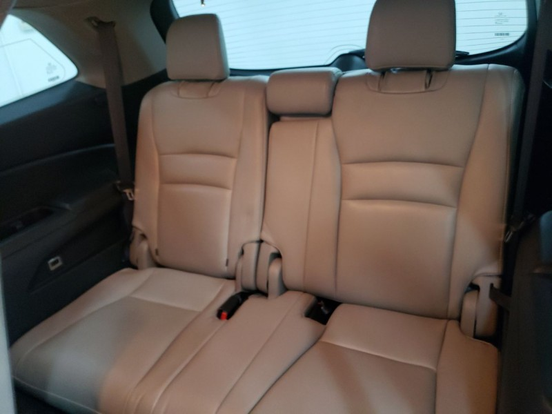 Honda Pilot EX-L 2016 price $17,800