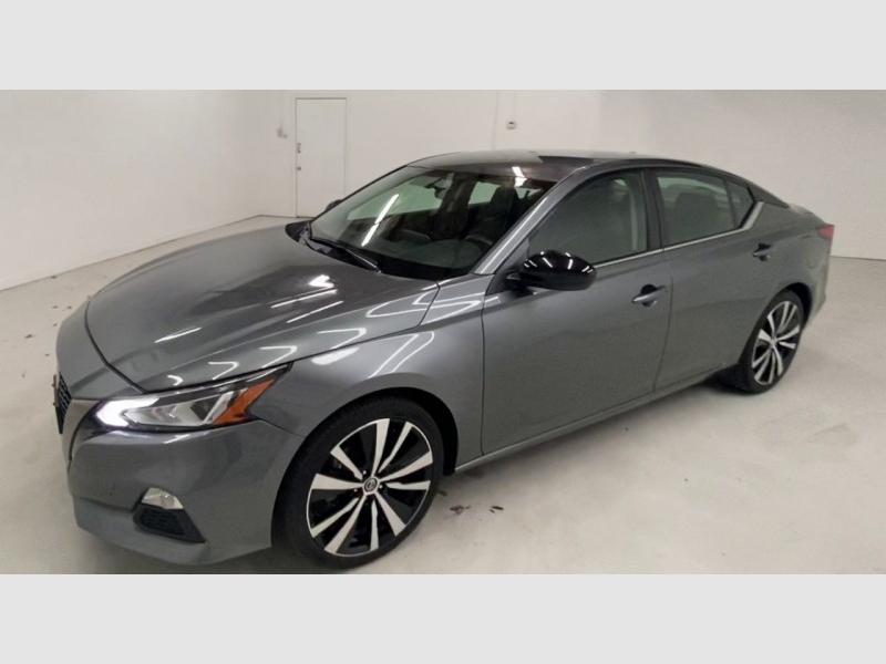 Nissan Altima SR 2019 price $18,800