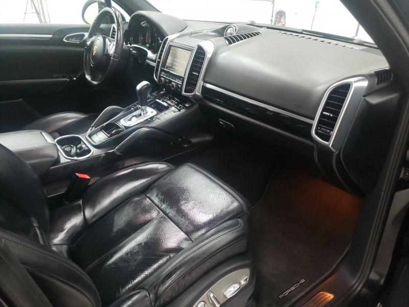 Porsche Cayenne 2012 price $18,990