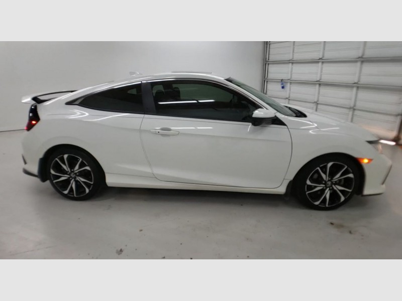 Honda Civic Si Coupe 2018 price $22,840